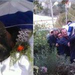 FOTO/ Kacifas kthehet në Dropull; arkivol i bardhë, veshje ushtarake dhe i mbuluar me flamurin grek