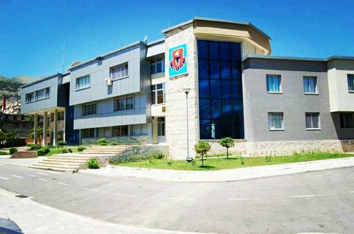 Policia e Gjirokastrës arreston një burrë në Dropull. Akuzohet për mashtrim (Emri)