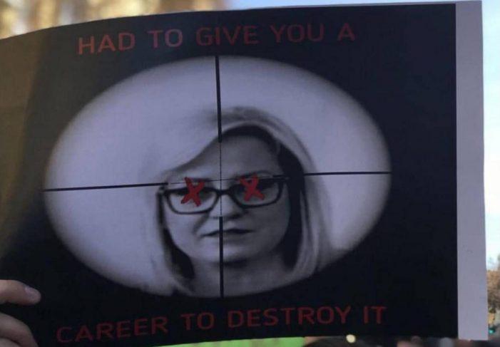 Memet që tmerrojnë Lindita Nikollën (FOTO)
