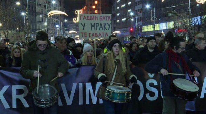 Nuk është vetëm Shqipëria, edhe Europa po zjen nga protestat