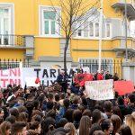Fitojnë studentët, tërhiqet qeveria. Nikolla: Shfuqizojmë VKM-në!