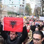 Studentët denoncojnë emrat e pedagogëve të korruptuar, në listë edhe dy pedagogë të Gjirokastrës. Marrin 200 euro për një provim