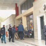 Kakavijë, policia e Gjirokastrës merr zvarrë ekstremistin grek (FOTO)