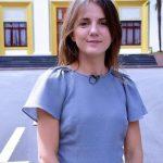 Vajza e Azem Hajdarit lë mandatin e deputetes: Do t'i bashkohem protestës së studentëve