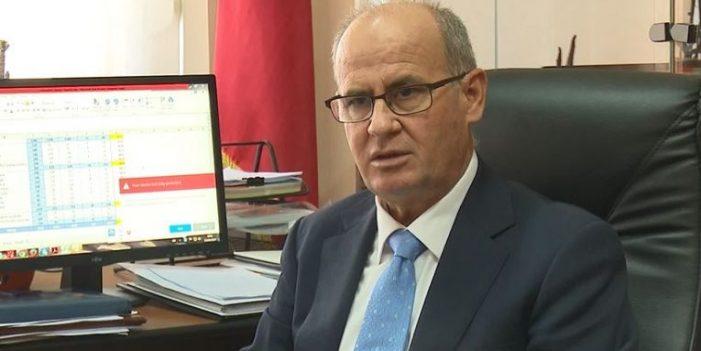 Oligarkët e arsimit të lartë, njihuni me rektorin që merr 11 rroga në muaj
