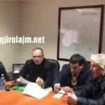 Emergjenca në Gjirokastër, 'sherr' në mbledhjen e Prefekturës. Prefekti debaton me nënkryetarin e Bashkisë Libohovë (VIDEO)
