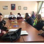 Gjirokastër, nxënësit e 'Urani Rumbos' kërcënojnë me bojkot të mësimit: S'kemi ngrohje në shkollë (VIDEO)