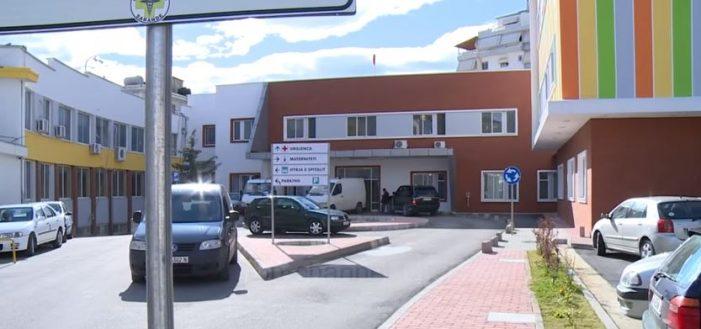 Ngjarje e rëndë në Sarandë, i riu dërgohet pa jetë në spital. Ja për çfarë dyshohet