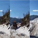 Gjirokastër, zhbllokohet edhe rruga e fshatit Zhulat (VIDEO)