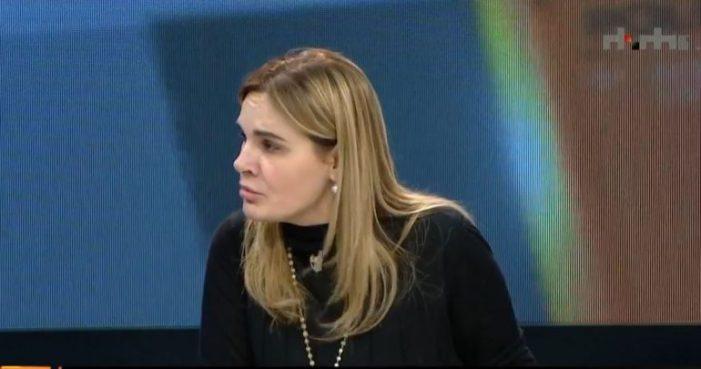 Monika Kryemadhi: Do më gjejnë të vdekur në shtëpi dhe do qelbem erë…