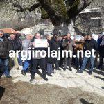 Gjirokastër, banorët e Kolonjës protestojnë kundër ndërtimit të HEC-it (FOTO)