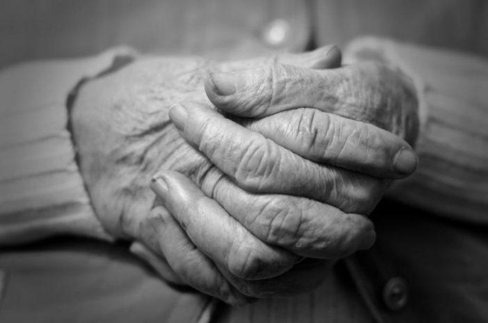 Si po plaket me shpejtësi Shqipëria, ndryshime drastike në popullsi