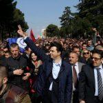 Saranda e ndarë, një pjesë do shkojnë në Vlorë te Rama, një pjesë në Tiranë te Basha