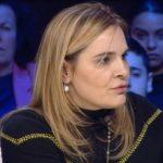 Monika i thotë burgut hapu: Më mirë të futem unë, por të kthehen 400 mijë shqiptarët që kanë ikur