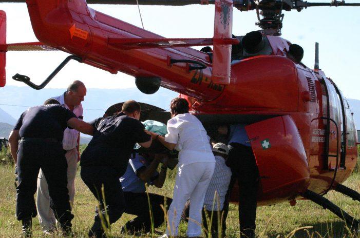 Emri i të aksidentuarit në Gjirokastër, pritet transporti me helikopter drejt Tiranës