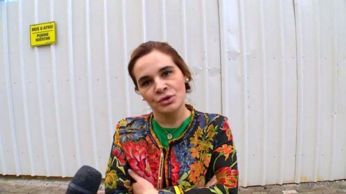 Monika Kryemadhi: Edhe pse ditë me shi ne organizuam protestën me të madhe që ka pasur Shqipëria. Rama ka dështuar