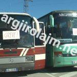 Shoferët e Gjirokastrës sërish në protestë, por nuk ua mban të bllokojnë rrugën (FOTO)