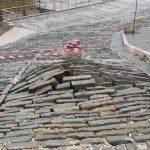 Pamje që të kallin frikën. Si nuk duhet të restaurohen kalldrëmet e Gjirokastrës (FOTO)