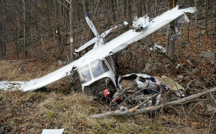 Rrëzohet një avion në Maqedoni, ka viktima