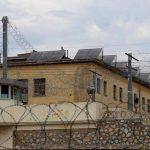 Greqi, rrihet brutalisht në burg një i ri shqiptar