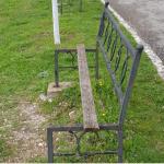 Gjirokastër, shihni stolat e çuditshëm në Parkun e Viroit (FOTO)