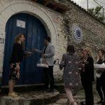 Shoqëruar nga femrat, Flamur Golemi nis fushatën në Gjirokastër (FOTO)