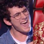 Mahniti jurinë, këngëtari shqiptar arrin në gjysmëfinalen e 'The Voice of Francë' (VIDEO)
