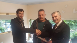 Deputeti 'kaubojs' i PD-së prezanton në Tepelenë kandidatin për Këshillin Bashkiak