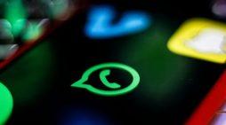 Plas skandali, si po përgjohen mesazhet tona në Whats App