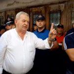 PD Gjirokastër bëhet qesharake: Opinioni vendas është i shokuar, Kudret Alikaj adhuron Enver Hoxhën (VIDEO)