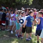 Kampet e fëmijëve në Gjirokastër, argëtohen të gjitha grupmoshat