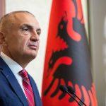 Zjarret në Gjirokastër e Lezhë, reagon Presidenti: Qeveria të marrë masat menjëherë