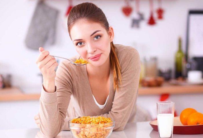 Ja çfarë rrezikojnë personat që nuk hanë mëngjes…