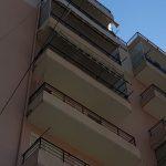 Plas në Sarandë, çifti bën seks në ballkonin e apartamentit (VIDEO +18)