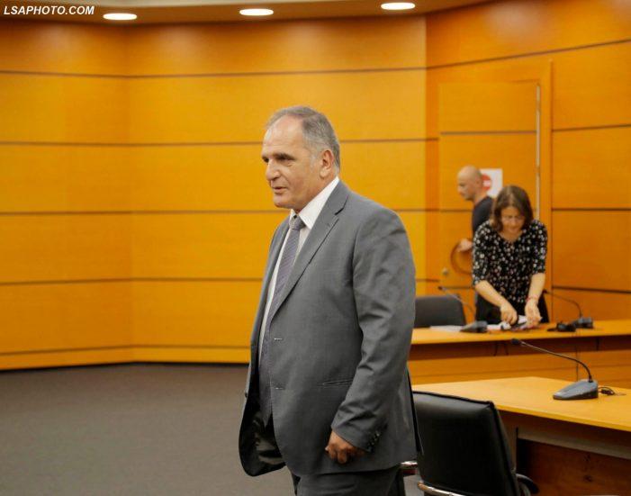 Vettingu 'pret' një tjetër kokë, shkarkohet drejtuesi i Prokurorisë së Përmetit (FOTO)