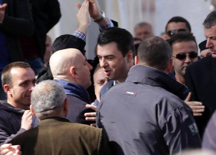 Basha i jep një detyrë ish-kryetarit të PD Gjirokastër: Roland Bejko do të punojë për rishikimin e reformës territoriale kur të vijmë në pushtet…