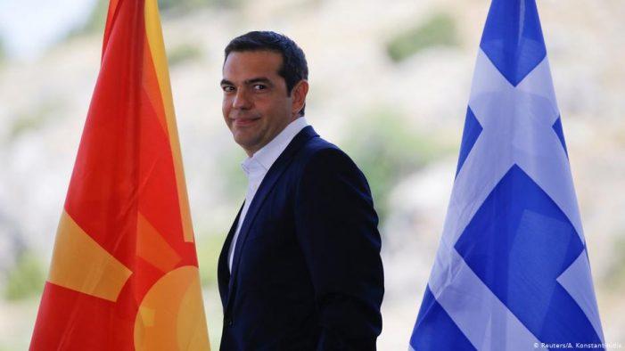 Lindje-Perëndim: Përse e braktisën grekët Tsiprasin?!