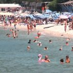 Turistët anglezë dhe italianë dynden në Radhimë