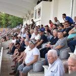 Ndeshja në Gjirokastër, shihni kush ishte në 'tribunën vip' të stadiumit (FOTO)