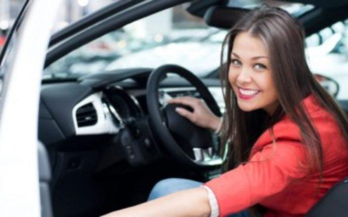 Qytetet që kanë më pak femra shofere, ja ku renditet Gjirokastra