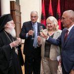 Meta dekoron ambasadoren e Greqisë, 'Kalorës i Urdhrit të Skënderbeut'
