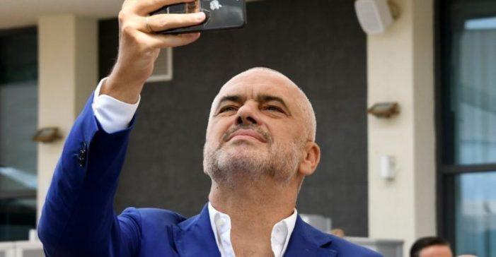 Mediat greke 'kapin mat' Edi Ramën në Trikala