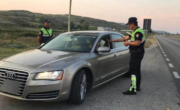 Policia 'bën namin', arreston 15 shoferë