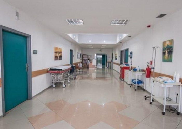 Një grua shkon pa shenja jete në spital, ja çfarë thotë policia