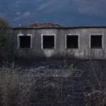 Delvinë/ Zjarrfikësit në luftë me flakët deri në mëngjes, situata nën kontroll (VIDEO)