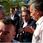 VIDEO e plotë e sherrit në Gjirokastër/ Mos e hapni më gojën, o llapaqen o spiun i PD-së